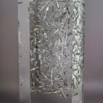 A la pointe de la plume /cristal de synthèse 35x15x10cm