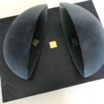 Focal point /verre, acier et feuille d'or 26x20x13cm