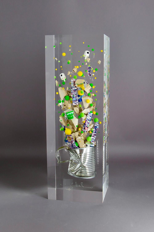 Série Littles boxes/Favela Marielle Franco /cristal de synthèse 35x12x10cm
