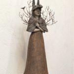 Peau d'âne aux arborescences et oiseau /grès, fer et papier mâché H50cm env.