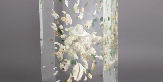 Trésors de plage/Cauris /cristal de synthèse 25x14x10cm