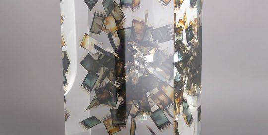 Sur l'écran noir de mes nuits blanches /cristal de synthèse 25x14x10cm