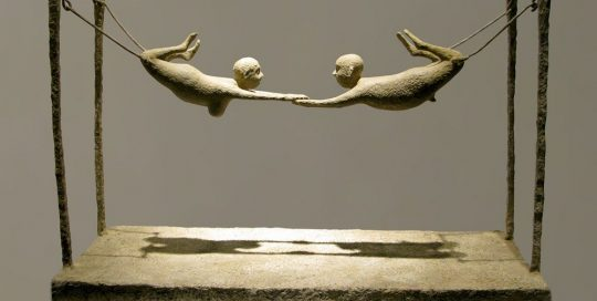 Les acrobates /bronze