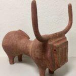 Taureau rouge /grès chamotté 45x38x34cm