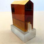 Temple ambre /verre H14 L10,5cm