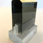 Temple gris /verre et feuille d'or H14 L10,5cm